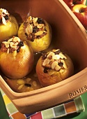 Baked apples with marzipan and almond stuffing in Römertopf