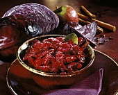 Red cabbage with apple, cinnamon and red wine