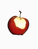 Ein angebissener roter Apfel