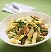 Penne with vegetables and parma ham