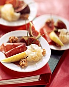 Mönchskopf cheese platter with air-dried beef, pears & figs