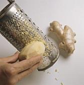 Grating ginger root