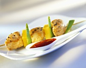 Chicken kebabs with fruit and plum sauce