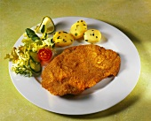 Wiener Schnitzel with parsley potatoes & salad garnish