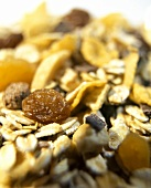 Muesli with oat flakes and dried fruit