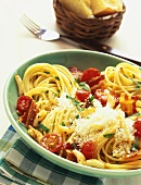 Garlic spaghetti with cherry tomatoes and bacon