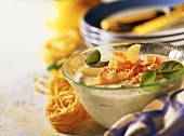 Lemon cream with shrimps for pasta dishes