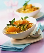 Vegetable curry with clementines and fresh mint