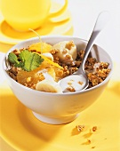 Muesli with kefir, oranges and bananas