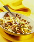 Tagliatelle al ragù di funghi (Pasta with mushroom ragout)