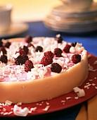 Blackberry yoghurt cake with grated white chocolate