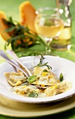 Ravioli con la zucca (Pumpkin ravioli with pesto sauce, Italy)