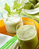 Celery and cucumber drink and kohlrabi and apple drink