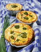 Broccoli and chive quiches with peppers