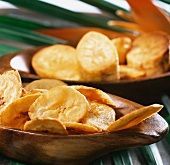 Deep-fried and fried plantains (cooking bananas) (from Cuba)
