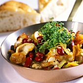 Finely chopped turkey with beans and fresh cress