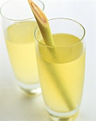 Lemon grass lemonade in two glasses