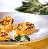 Crostini con fegatini (toasted bread with liver spread, Italy)