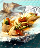 Plaice rolls with pepper & cucumber filling cooked in foil