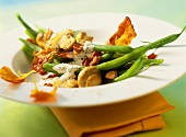 Green bean and bacon salad with mushrooms