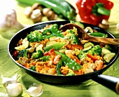 Pan-cooked vegetable dish with saffron rice