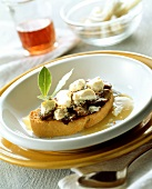 Zuppa alla gallurese (sheep's cheese with lamb on white bread)