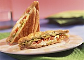 Olive, pepper and sheep's cheese toasted sandwich