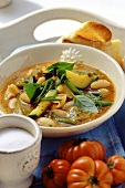 Minestrone alle erbe (Vegetable soup with herbs & noodles)