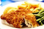 Breaded plaice with green beans