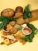 Foods rich in iron: bread, brassicas, pasta, pulses