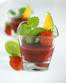 Vitamin-rich fruit drink with lemon balm