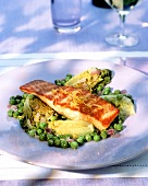 Salmon on peas with lettuce hearts