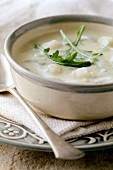 Cauliflower soup with rocket
