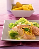 Salmon fillet with savoy and lemon sauce