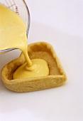 Making heart-shaped lemon tartlet