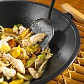 Wok-cooked vegetables with chicken
