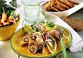 Summery salad with turkey rolls, vegetables & oranges