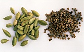 Cardamom capsules and seeds