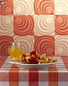 Chips with ketchup and lemonade (70's style)