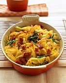 Pasta and ham bake with fresh chives