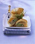 Salmon and broccoli parcels with chives
