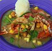 Lobster curry with shrimps and pineapple