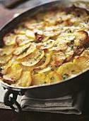Potato gratin with thyme