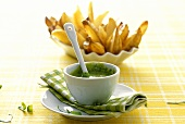 Ramsons (wild garlic) mayonnaise with potato wedges