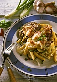 Macaroni bake with meat, fennel and courgettes