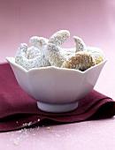 Vanilla crescents in white bowl