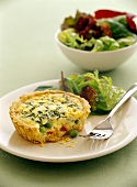 Mini-quiche with peas and bacon; salad