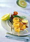 Scampi kebabs with garlic butter