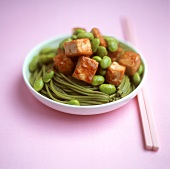 Wasabi noodles with beans and tofu