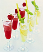 Strawberry- and lemon sorbet with champagne